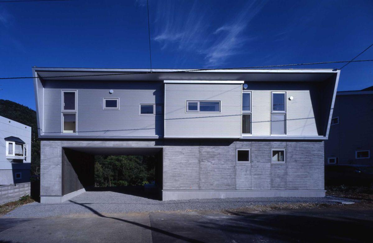 福井 左股川の家